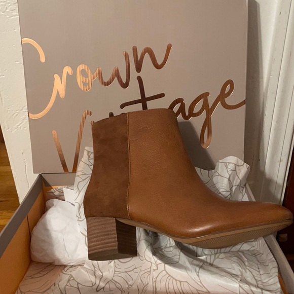 Crown Vintage Dominga Ankle Boots